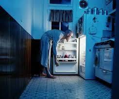 man-night-raid-of refrigerator