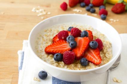 oatmeal-with-fruit-breakfast