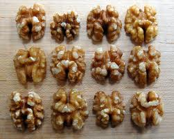 walnuts-brains-omega-3-fats