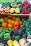 Renovating-Your-Mind-does-organic-produce-picture-of-colorful-pigmented-bunch-of-natural-food-love