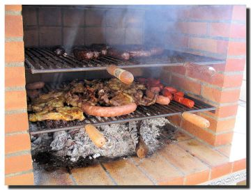 bbq-double-grill-over-hot-coals-meat-lovers-paradise-processed-meat-chicken-too