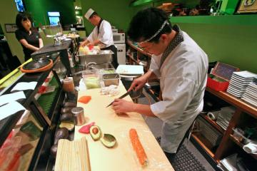 sushi-is-not-problem-because-autoimmune-disease-forgets-thyroid-tissue-is-self