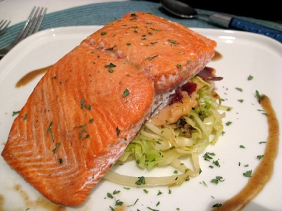 wild-salmon-filet-served-on-plate