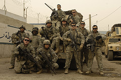 american-troops-in-Iraq covering-tank