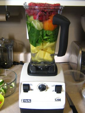 Vitamix-high-powered-blender-to-liquify-entire-produce-even-fiber