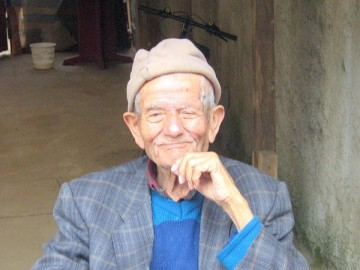 older-gentleman-with cap and smile-happiness-good-medicine