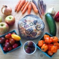 RENOVATING-YOUR-MIND-does-food-as-medicine-pic-fresh-local-produce-