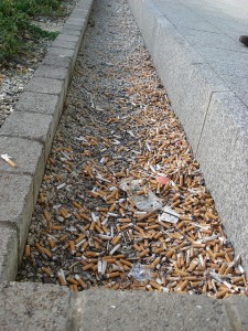 cigarette-butts-mess-nicotine-remants